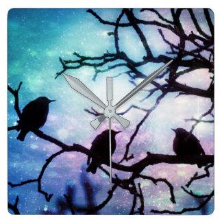 Fåglar på en gren - Starlightväggen tar tid på Fyrkantig Klocka