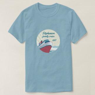Familjkryssning med den retro kryssningfrakten t-shirts