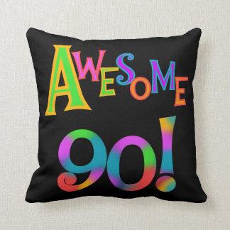 Fantastisk 90 födelsedagT-tröja och Gifs Dekorativ Kudde