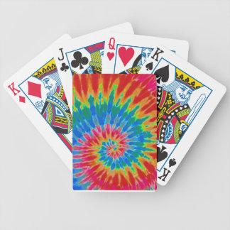 Färg för regnbågespiralTie som leker kort Spelkort