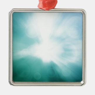 Färgglad härlig abstrakt suddig stråle av färg julgransprydnad metall