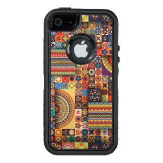 Färgrik abstrakt belägger med tegel mönsterdesign OtterBox iPhone 5/5s/SE fodral