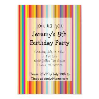 Färgrik inbjudan för randbarns födelsedagparty 12,7 x 17,8 cm inbjudningskort