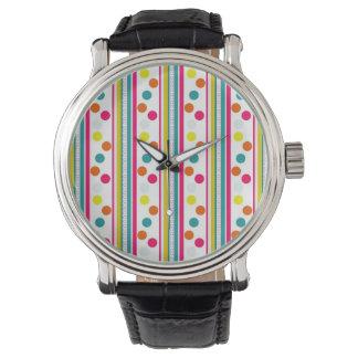 Färgrik polka dots och randmönster armbandsur