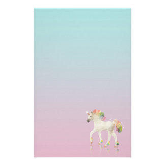 Färgrik regnbågeUnicornpolygon - brevpapper
