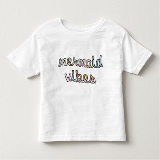 Färgrik vattenfärg för sjöjungfruVibes T-shirts