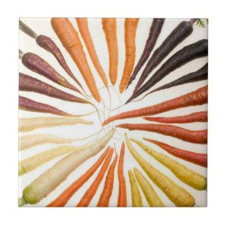 Färgrika morötter kakelplatta