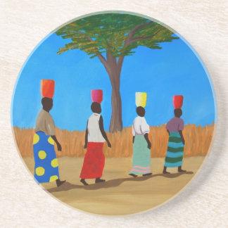 Färgrikt afrikanskt bära för kvinnor ösregnar underlägg sandsten