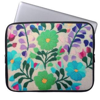 Färgrikt blommamönster laptop sleeve