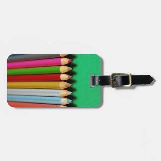 Färgrikt rita kritormönster bagagebricka