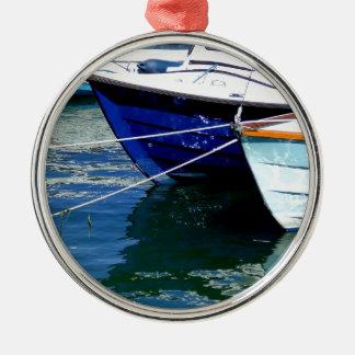 Fartyg på vilar (2) .JPG Julgransprydnad Metall