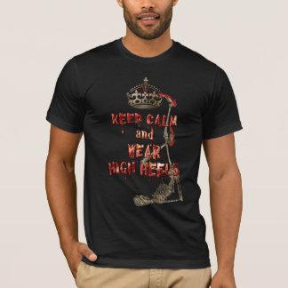 FASA för högklackar för behållalugnbära Tee Shirts