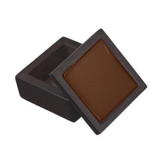 Fast choklad - den bruna högvärdiga gåvan boxas premie minnesaskar