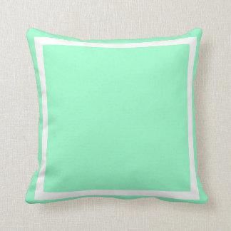 fasta pastellfärgade vanliga seafoamgröntblått kudde