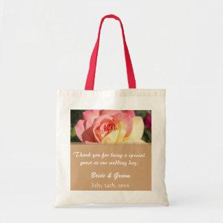 Favören för rosa- & gul rosblommabröllop tackar budget tygkasse