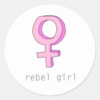 Femme för rebellisk flicka genomskinlig runt klistermärke