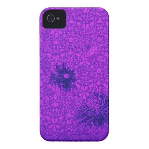 Fet blom- damast för björnbär i varma lilor iPhone 4 case