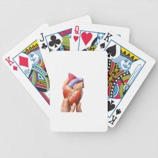 Fingervisningen modellerar människahjärta på spelkort