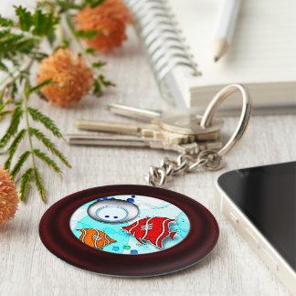 Fisk och dykare rund nyckelring