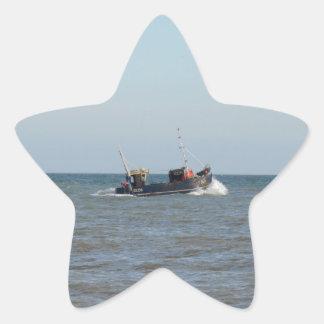 Fiskebåtflicka Kayla Stjärnformat Klistermärke