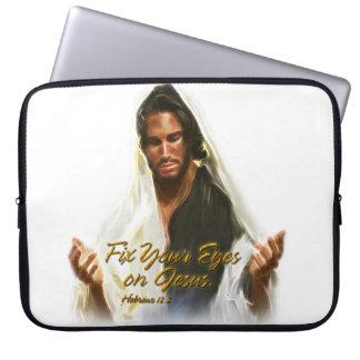 Fixa dina ögon på den Jesus 2 laptop sleeve