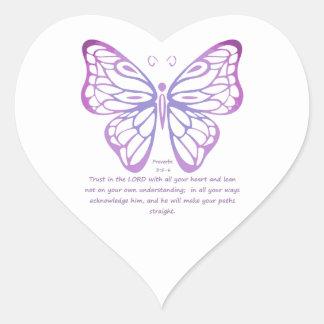 Fjäril för inspiration för Proverbs3:5,6Scripture Hjärtformat Klistermärke