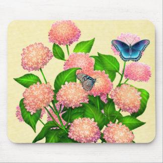 Fjärilar på rosa vanlig hortensia Mousepad Musmatta