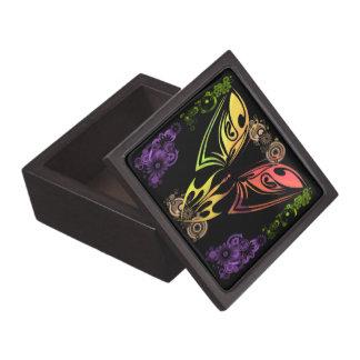 Fjärilen med den högvärdiga gåvan för blommor boxa premie presentförpackning