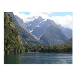 Fjordlands som är nyazeeländsk vykort