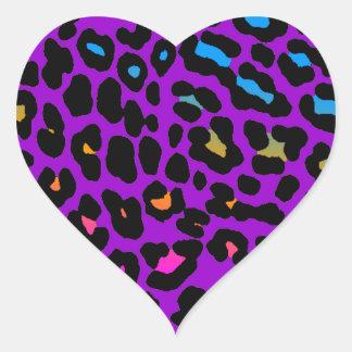 Fläckar för Leopard för Corey tiger80-tal (lilor) Hjärtformat Klistermärke