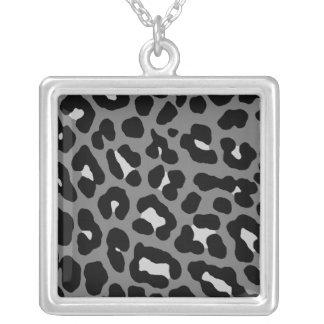 Fläckar för Leopard för Corey tiger80-tal Retro Halsband Med Fyrkantigt Hängsmycke