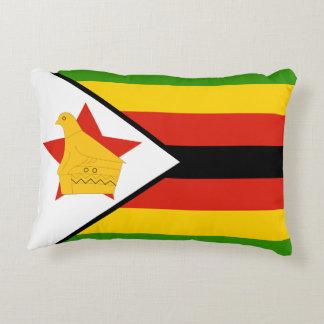 Flagga av den Zimbabwe afrikan Prydnadskudde