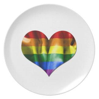 Flagga för gay pridekärlekhjärta tallrik