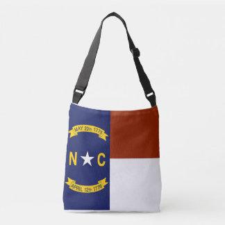 Flagga hänger lös, North Carolina Axelväska