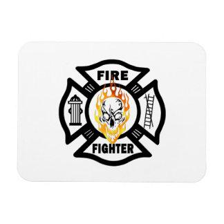 Flammande skalle för brandman magnet