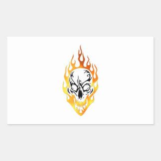 Flammande skalletatuering rektangulärt klistermärke