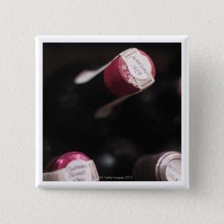 Flaskor av vin, närbild, Sweden. Standard Kanpp Fyrkantig 5.1 Cm