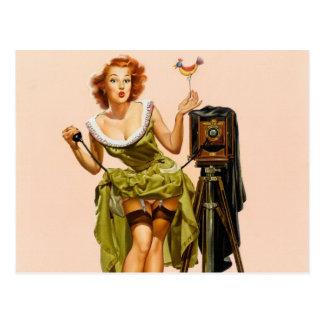 Flicka för vintagekamerapinup vykort