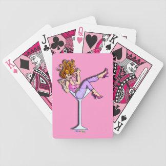 FLICKA I ett MARTINI EXPONERINGSGLAS (rosa) som Spelkort