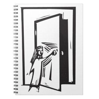 Flicka och dörr spiral anteckningsböcker
