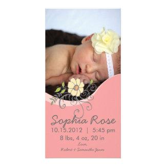 Flickafödelsemeddelande i rosor och gult fotokort