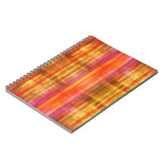 Flickaktigt gula orange röda neonrandar för rosor anteckningsbok med spiral