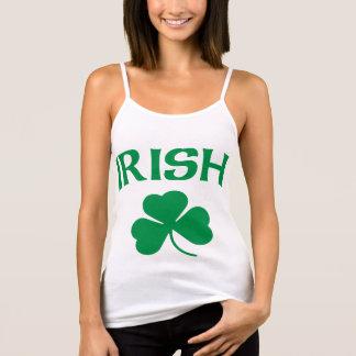 Flickaktigt irländsk Shamrock T Shirts