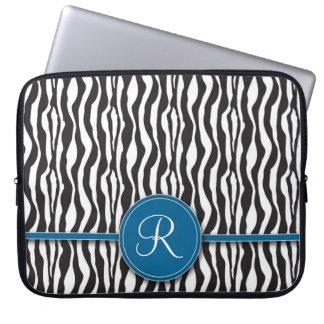 Flickaktigt laptop sleeve för blåttMonogramzebra t Laptop Datorfodral
