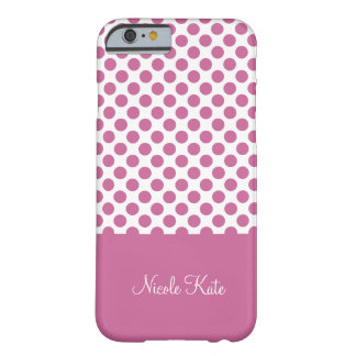 Flickaktigt purpurfärgad polka dotsMonogram Barely There iPhone 6 Fodral
