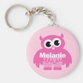 Flickaktigt rosa ugglatecknadkeychain med namn rund nyckelring