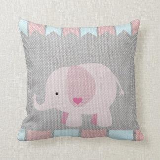 Flickor & den gråa & rosa elefanten för baby kudde