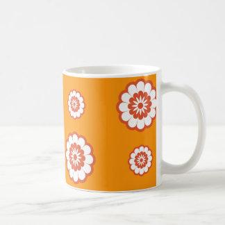 flower power för 70-talmodorange kaffemugg
