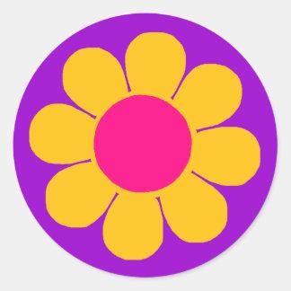 Flower power runt klistermärke