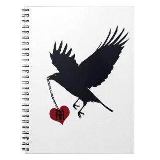 Flyga kråkan med Mongram hjärta Anteckningsbok